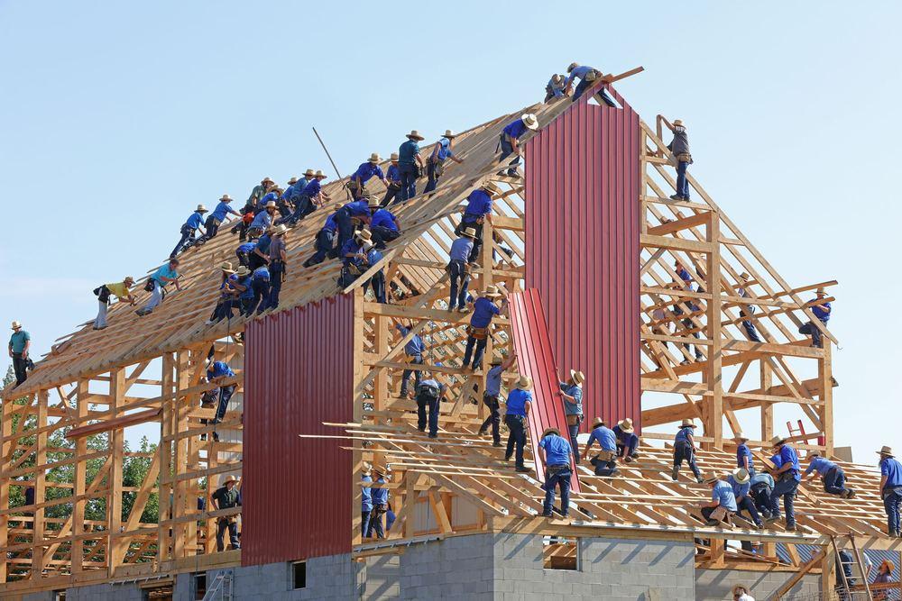Få dit byggeri hurtigere i gang med entreprenørfirma med egne værksteder